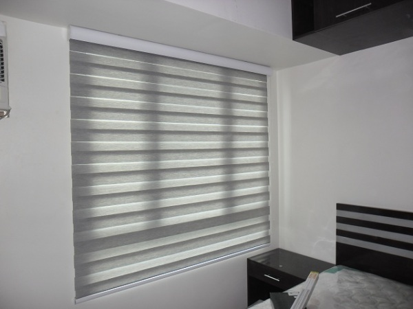 G302 Rattan Finish of Combi Blinds