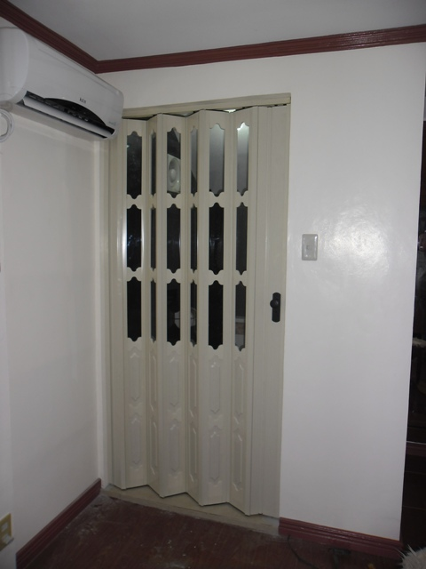 Accordion Door As An Elegant Looking Door Quezon City