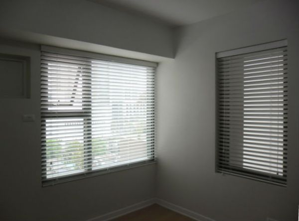 White Color of Faux Wood Blinds