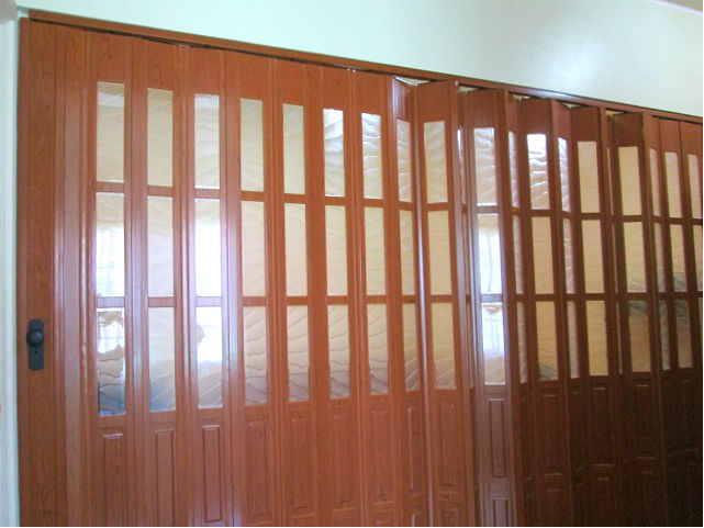French Type Accordion Door Partition In Living Room Santolan Pasig