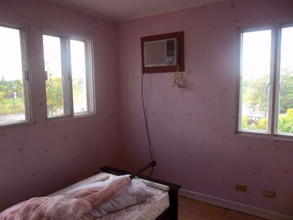 Vinyl Wallpaper for Bedroom