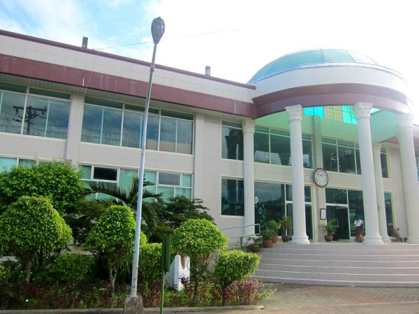 MSEUF Library, Lucena City, Philippines