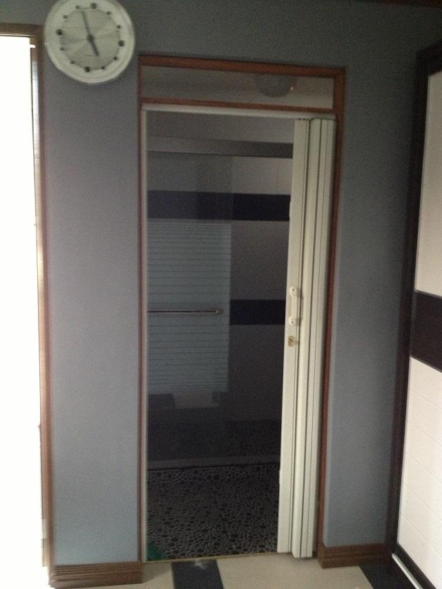 Installation Of Accordion Door In Muntinlupa City Window Blinds