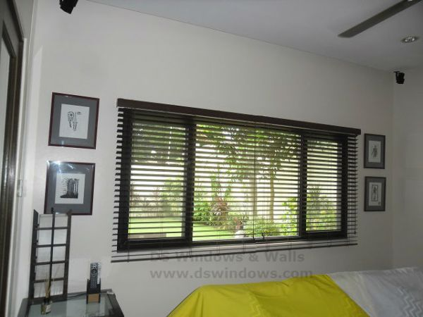 Foam Wood Blinds: Chestnut