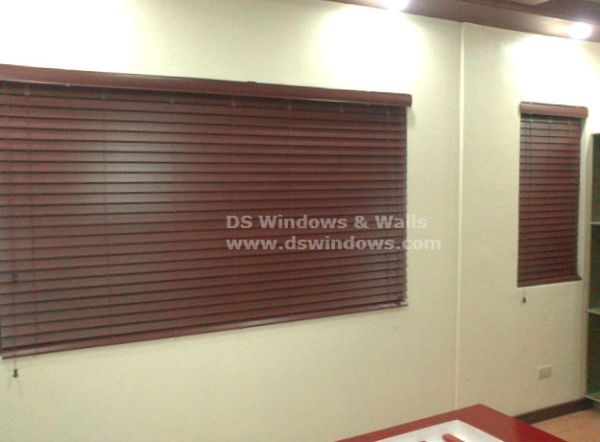 Elegant Faux Wood Blinds for Living Room
