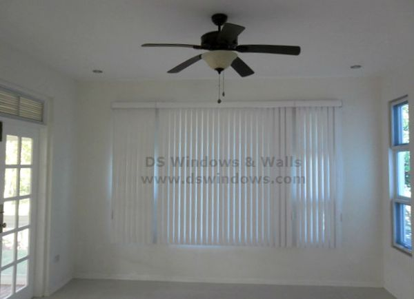 PVC Vertical Blinds: Richmond White
