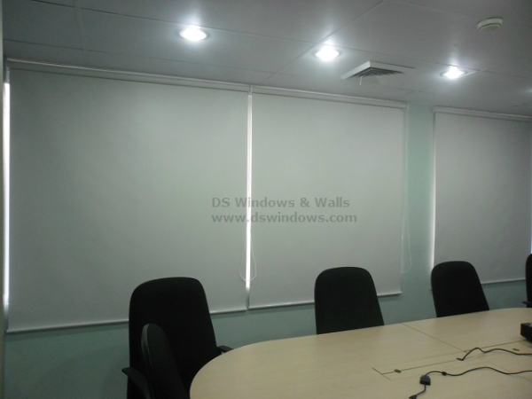 Affordable and Easily Operated Roller Blinds
