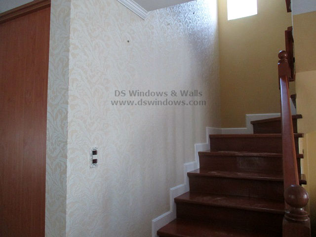Make Your Staircase Wall Elegant With Patterned Wallpaper
