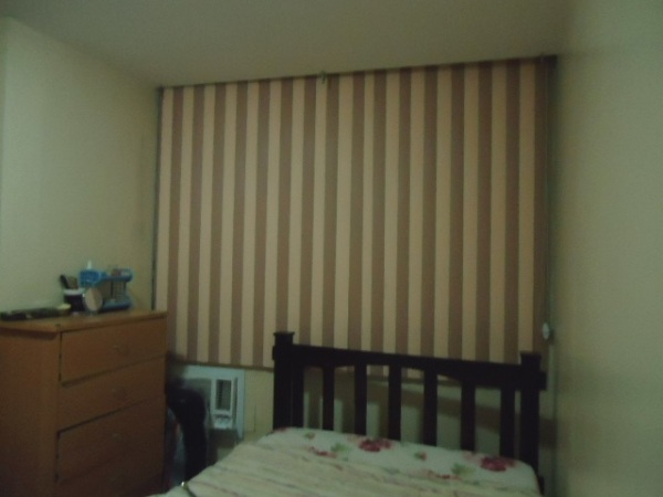Maximizing space with vertical blinds