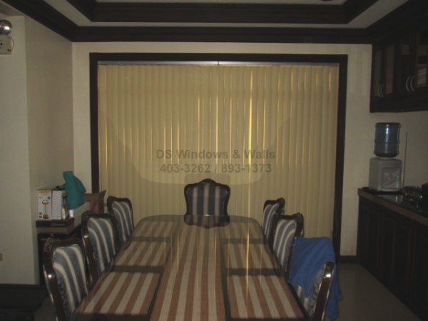 taking-care-of-vertical-blinds