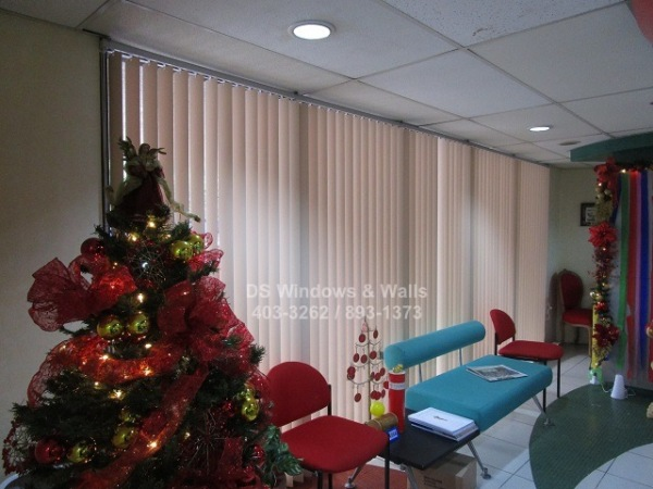 Holiday season vertical blinds