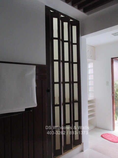 French door for tight spaces